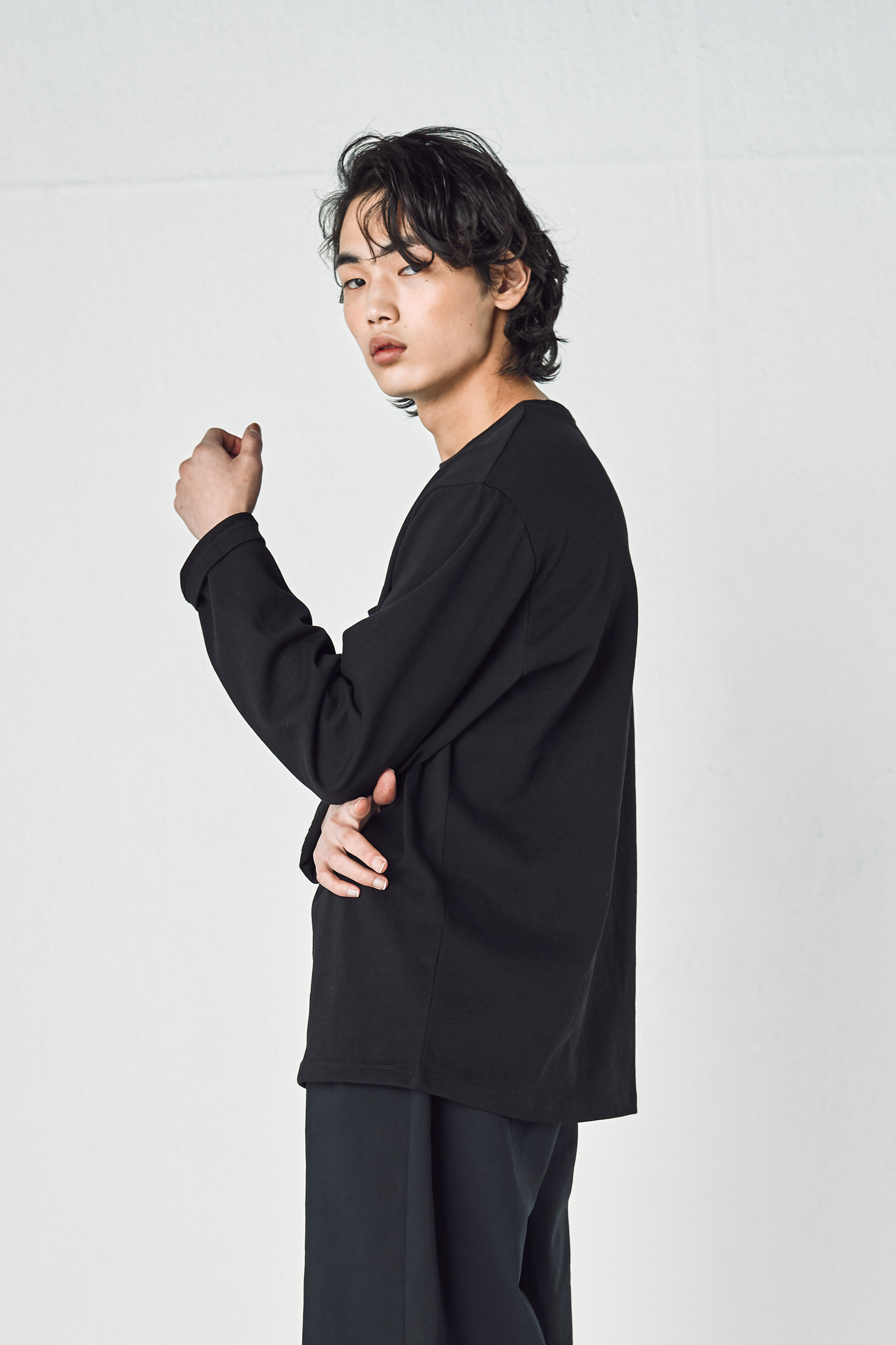 247 MINIMAL LONG SLEEVES (BLACK)